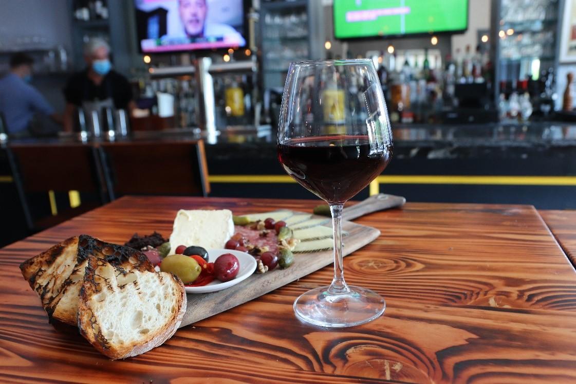 Meritage Wine Bar – Coastal and Mediterranean Influences in Long Island